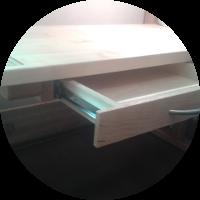 Schreibtisch – Die Montage